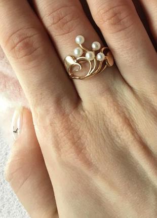 Кольцо с жемчугом/золото 585 /сердца. торг