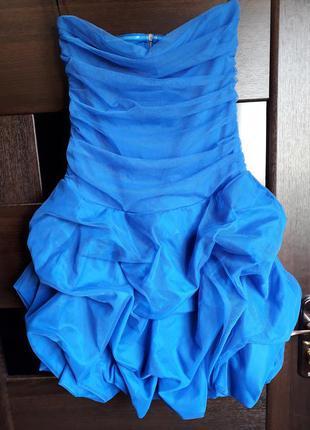 Нарядное платье на выпускной или последний звонок