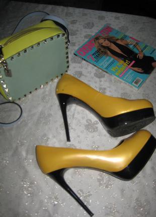Жёлтые кожаные туфельки mascotte оригинал