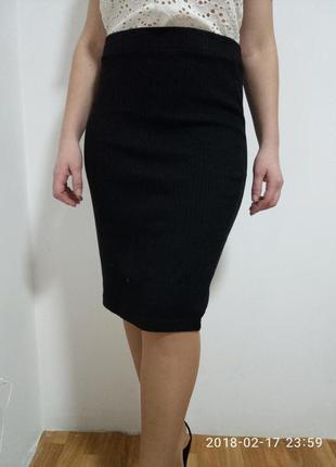 Стильная юбка в рубчик длина  миди раз. l
