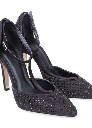 Туфли стразы на каблуке черные benetton 37