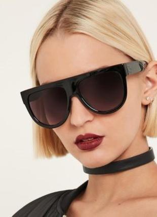 Эффектные очки градиентные линзы 100% uv защита. приятная стоимость.