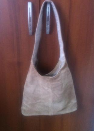 Маленькая замшевая сумка