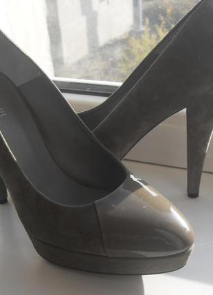 Замшевые туфли joop! с лаковыми вставками