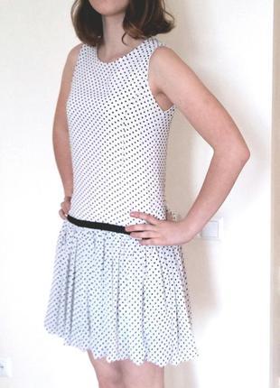 Модное летнее платье в горох