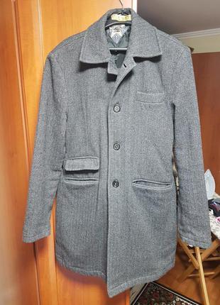 Классическое теплое пальто