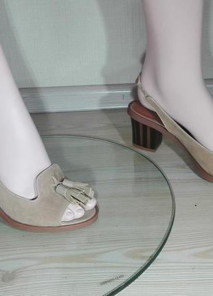 Босоножки устойчивый каблук