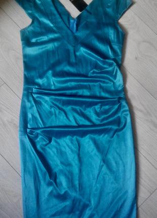 Нарядное платье футляр миди