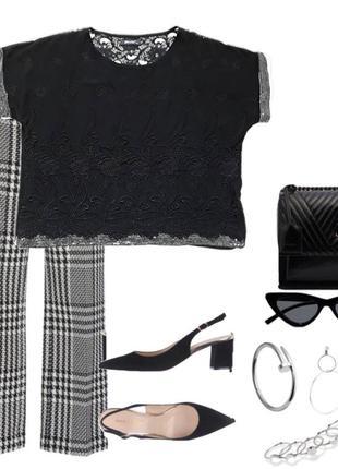 Нарядная блузка с вышивкой,кружевом и пайетками бренд finery