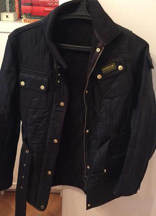 Стёганная курточка barbour