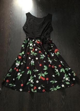 Красивое летнее платье миди в милый принт с биркой