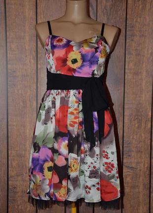 Пышное платье в цветы lipsy