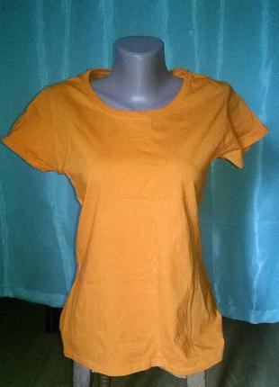 Оранжевая футболка м женская 040