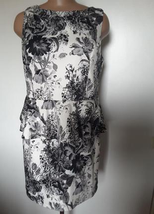 Платье стрейч-коттон с баской