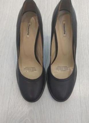 Продаются женские туфли mascotte 38 р.