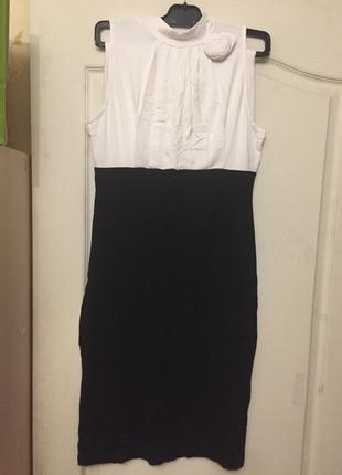 Красивое трикотажное , полностью натуральное, платье-футляр от bonprix