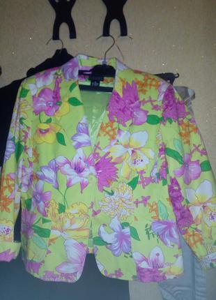 Пиджак, цветочный принт.