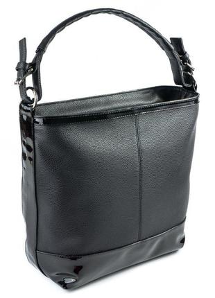 Черная сумка мешок матовая с одной ручкой на плечо лаковые вставки