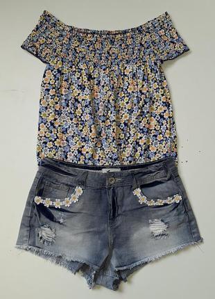 Джинсовые новые шорты и  топ с открытыми плечами  🎁