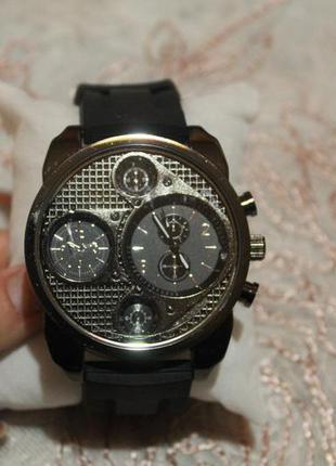Новые часы мужские