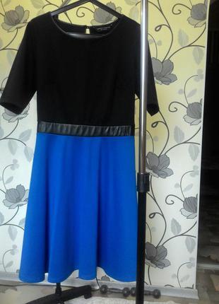 Симпатичное трикотажное платье dorothy perkins