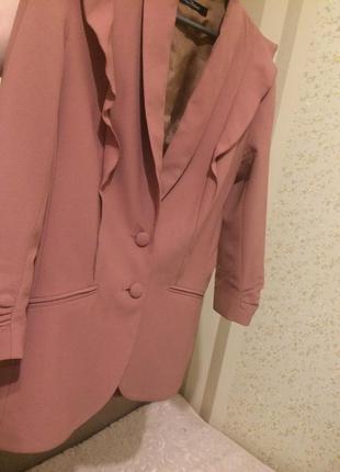 Красивейший пиджак kira plastinina