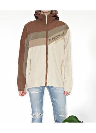 Спортивная или повседневная куртка красивый дизайн плащёвка