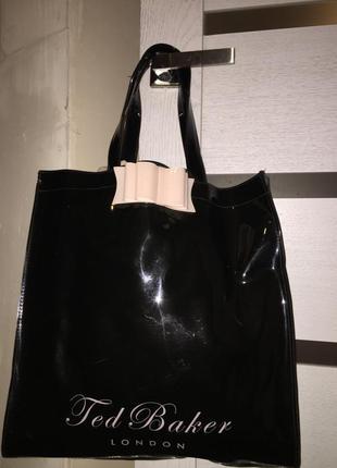 Лаковая сумка шопер