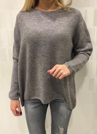 Объёмный вязаный свитер оверсайз фирмы amisu.