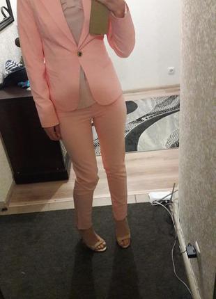 Распродажа! мегакачественный брючный нежнорозовый костюм пастельного оттенка2