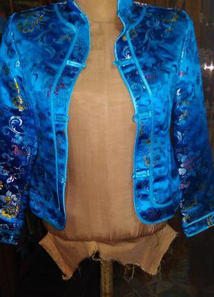 Пиджак в восточном стиле голубой  рисунком