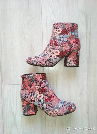 Жаккардовые ботинки в цветы  primark 37