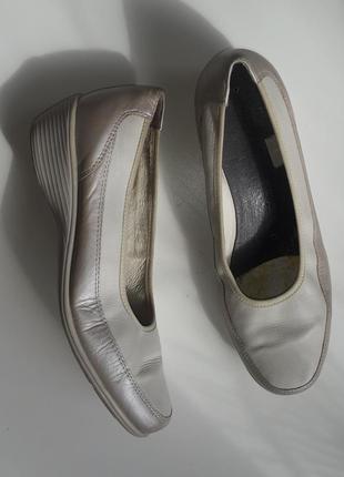 Мегаудобные кожаные ортопедические туфли medicus р.40, 26 см