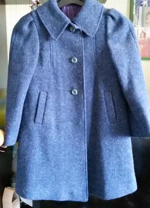 Пальто драповое демисезонное.
