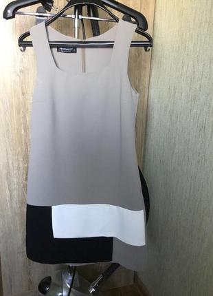 Идеальное базовое платье , италия