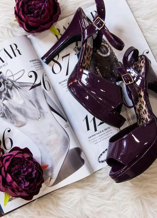 Босоножки темный фиолет с открытым носочком catwalk collection