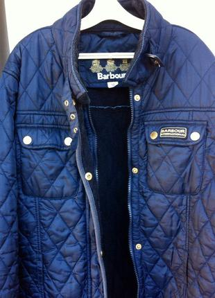Курточка стёганная фирмы barbour
