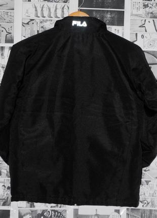 Черная куртка fila с рефлективом