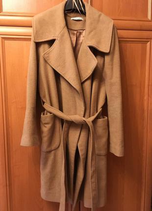 Стильное пальто оверсайз oversize