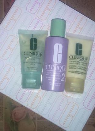 Clinique 3ступенчатая система для жирной  или сухой кожи