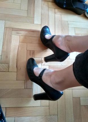 Итальянские кожаные туфли minelli