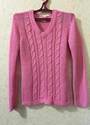 Легкий розовый свитер