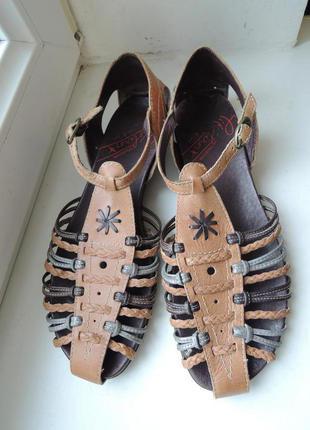 Стильные фирменные кожаные босоножки pikolinos (испания) р.40-41 (26-26,5 см)