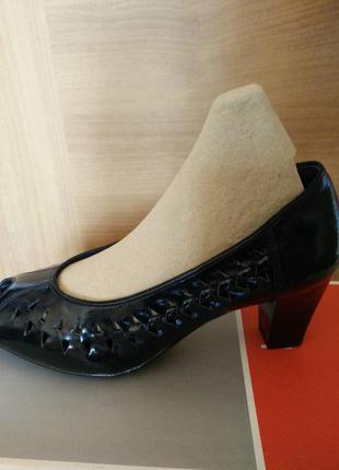 Лакированные туфельки luftpolster