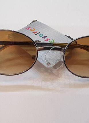 Солнцезащитные очки, стекло,от 3-х лет, c&a,уф- фильтр 3 категории