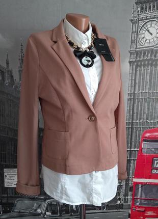 Шикарний брендовий трикотажний піджак