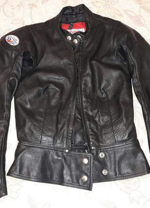 Байкерская курточка xs