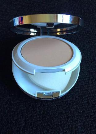 Clinique beyond perfecting powder foundation + concealer 2в1 пудра и консилер