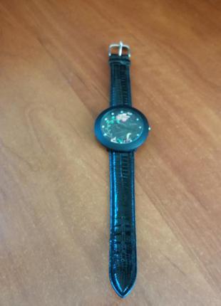 Часы 100грн