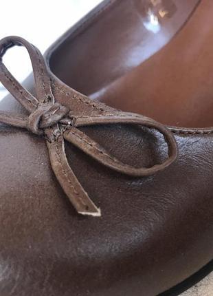 Удобные стильные деловые повседневные аккуратные туфли
